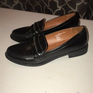 Black loafers PRICE FIRM